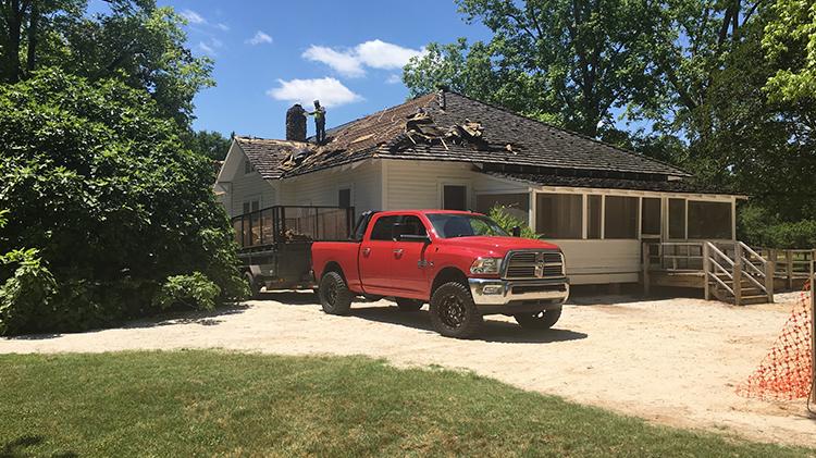 Professional Roofing Contractors TN